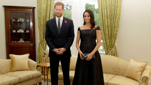 hp-meghan-markle-wore-black-gabriela-hearst-dress