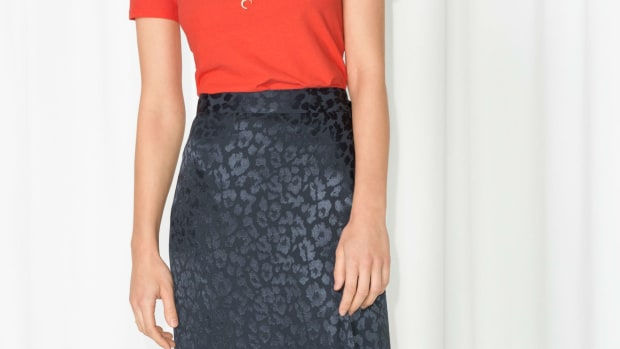 and-other-stories-leopard-midi-skirt-crop