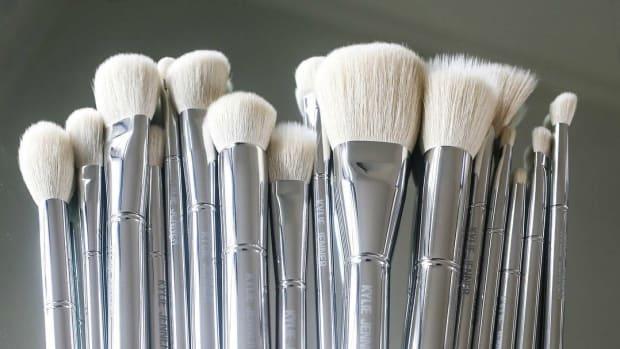 kylie-brushes-promo