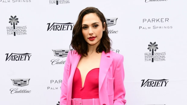 gal-gadot-best-dressed-promo
