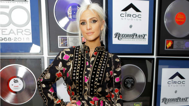 hp-ashlee-simpson-ciroc-studios-launch-dodo-bar-or-dress