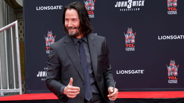 main-keanu-reeves-manns-theater-handprint-ceremony