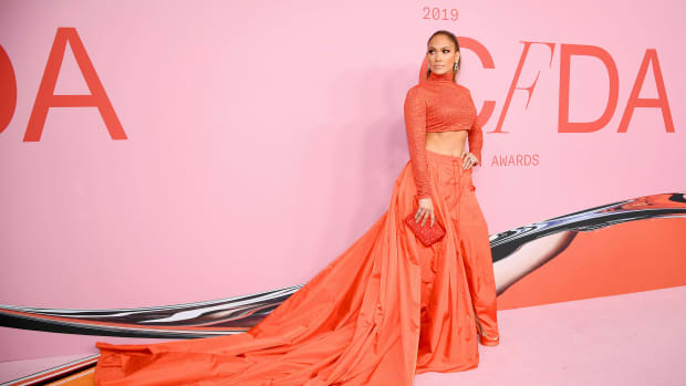 cfda awards 2019 jennifer lopez crop