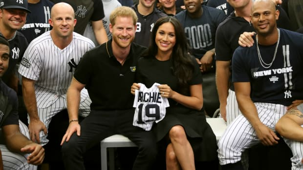 meghan-markle-prince-harry-london-series-yankees