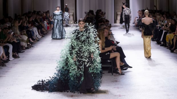 givenchy couture fall 2019 crop