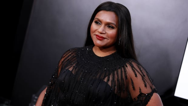 mindy kaling crop