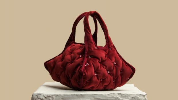 khaore burgundy pillow handbag