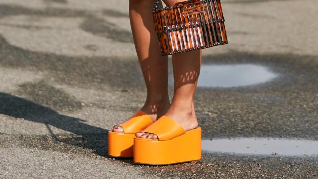 hp-shop-platform-sandals