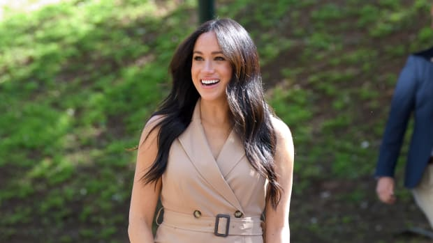 meghan-markle-wore-a-thing-banana-republic