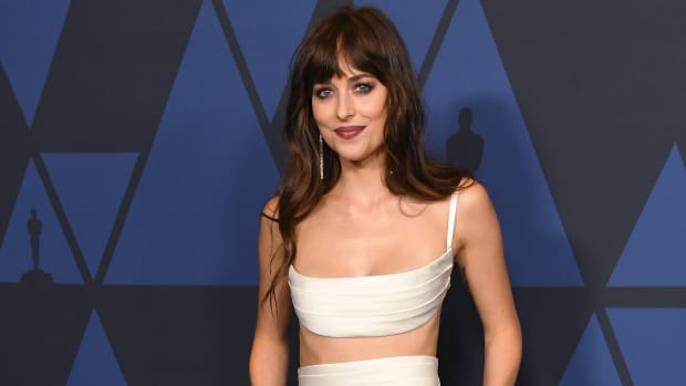 dakota-johnson-governors-awards-2019-best-dressed copy