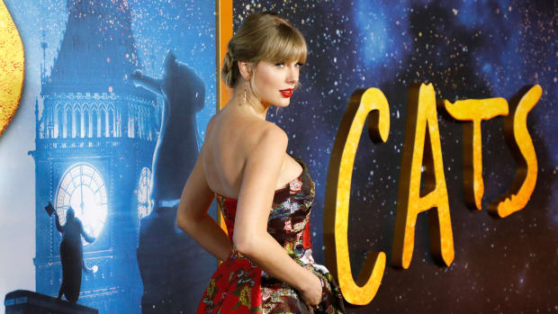 tswift-cats-premiere-GettyImages-1194384716