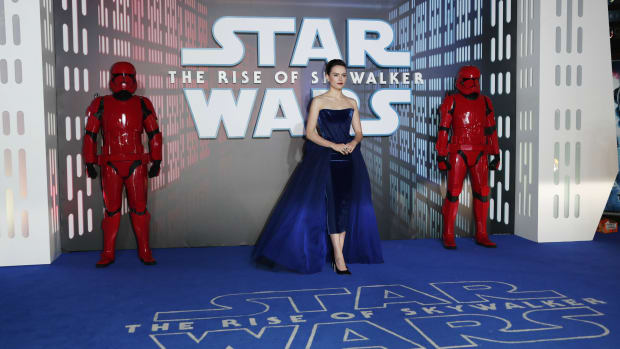 daisy-ridley-star-wars-premiere