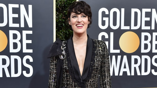 phoebe-waller-bridge-auction-suit