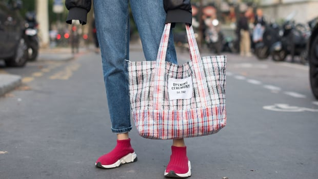 opening-ceremony-tote-street-style