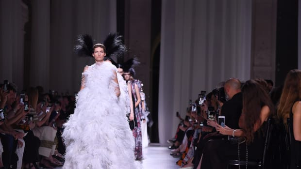 givenchy-couture-live-stream