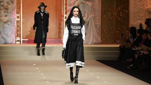 model-dolce-and-gabbana-china-experience