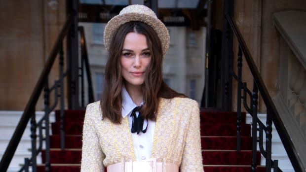 hp-keira-knightley-chanel-obe