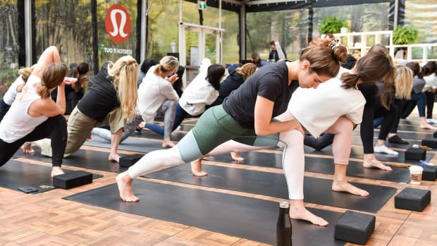 retailer loyalty program lululemon hp