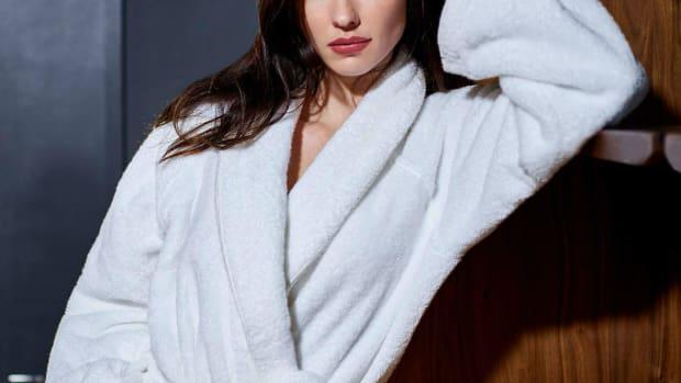plush-robes-crop