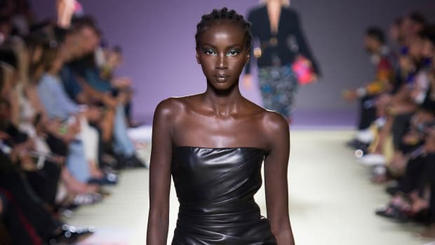 main-anok-yai-versace-leather-dress-spring-2019-milan-fashion-week