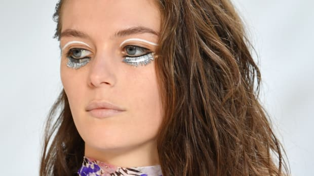 giambattista-valli-fall-2019-beauty-crop