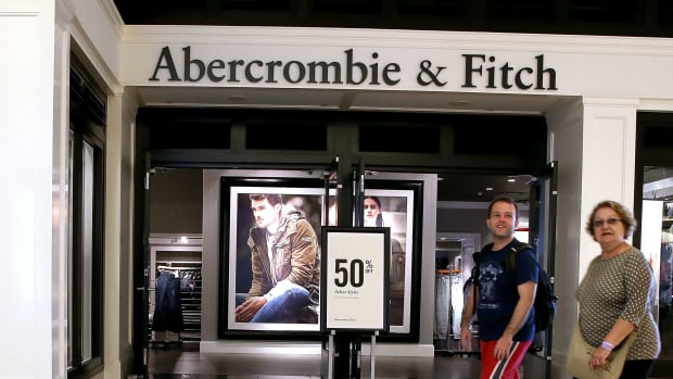 abercrombie fitch store crop