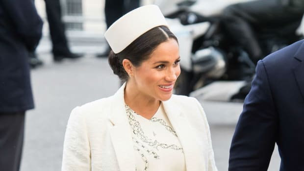 meghan markle victoria beckham dress crop