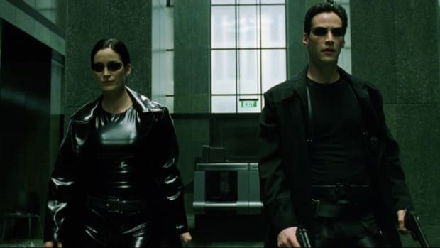 main-the-matrix-trinity-carrie-anne-moss-neo-keanu-reeves-black-coats