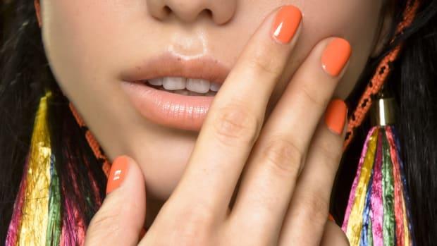 spring-nail-trends-orange