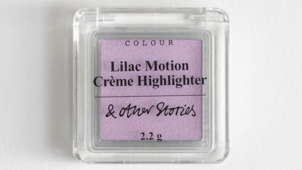 other-stories-lilac-creme-highlighter