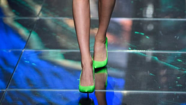 hp-shop-neon-bright-green-heels