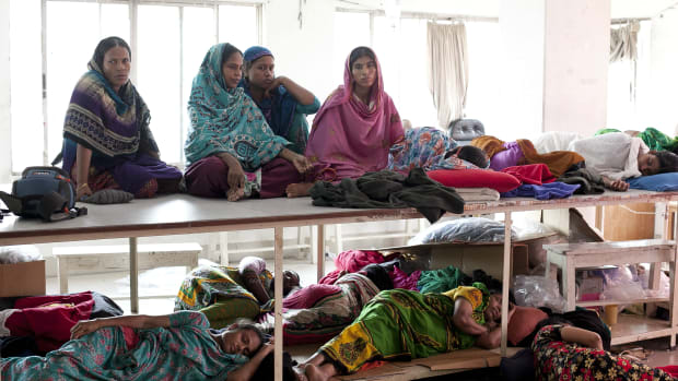 bangaldesh-garment-workers-strike