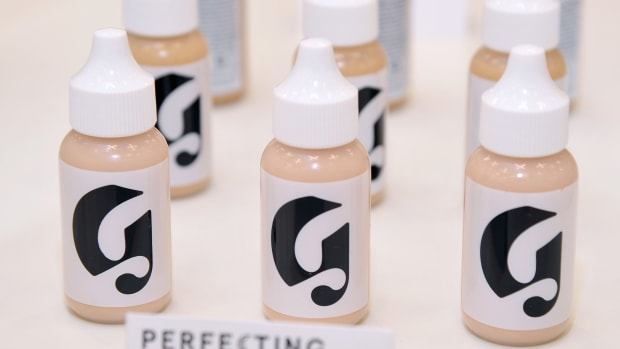 glossier racism retail employees