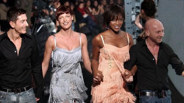 Domenico Dolce, model Linda Evangelista, model Naomi Campbell, and Stefano Gabbana 2003