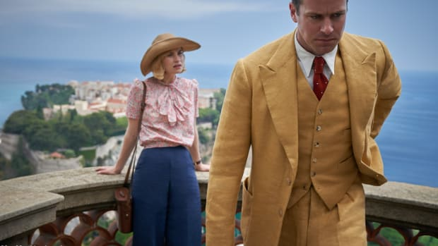 netflix-rebecca-lily-james-monte-carlo-floral-top-wide-leg-jeans-armie-hammer-maxim-golden-suit (1)