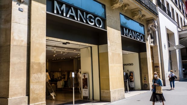 Mango Store in France