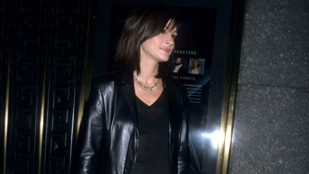julia-roberts-butter-leather-pants