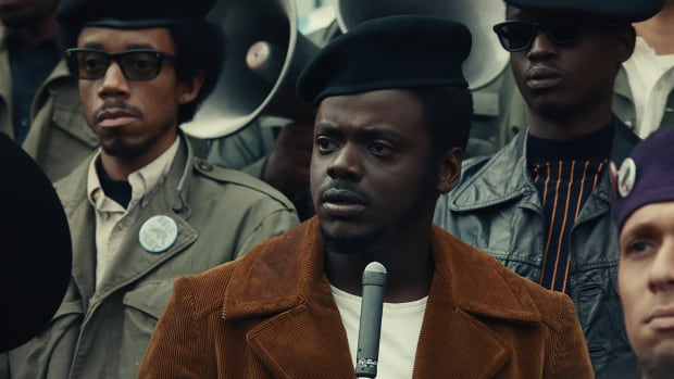 judas-and-the-black-messiah-chairman-fred-hampton-daniel-kaluuya-corduroy-jacket