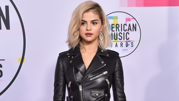 Selena Gomez 2017 American Music Awards
