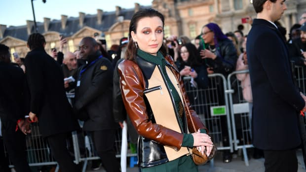 emma chamberlain louis vuitton front row celebrities fall 2020