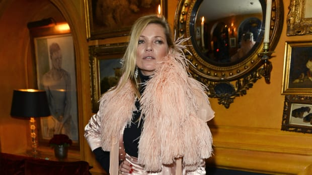kate-moss-pajama-dressing-2014