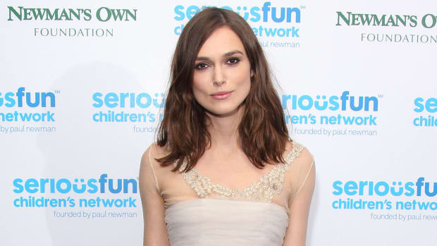 keira-knightley-chanel-wedding-dress-3