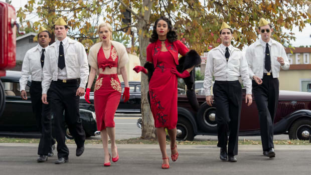 main-hollywood-netflix-cast-gas-station-attendants-red-dresses (2)