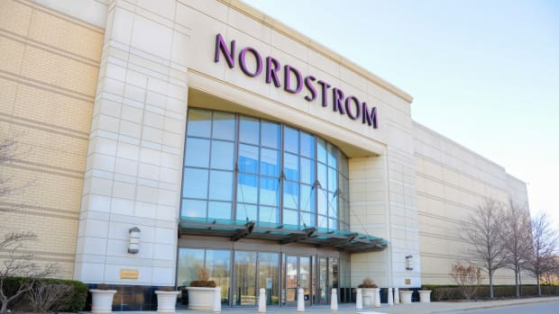 nordstrom store (1)