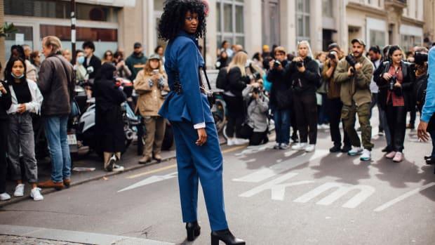 paris-fashion-week-street-style-spring-2022-street-style