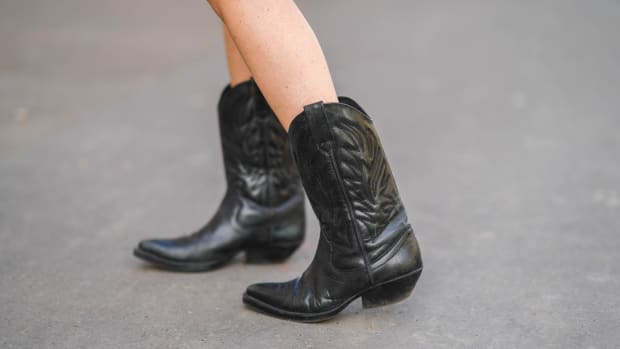 online-sales-april-9-cowboy-boots
