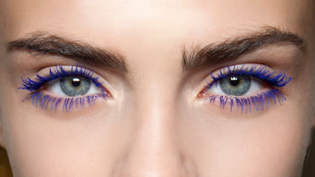 blue colorful mascara promo