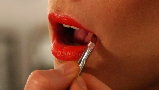 makeup-lipstick-promo
