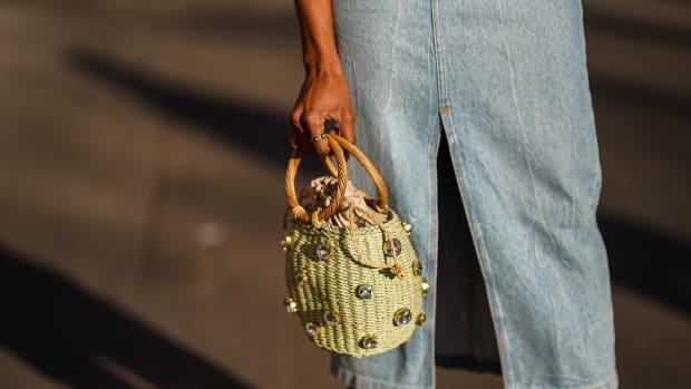 memorial-day-sales-handbags-2021