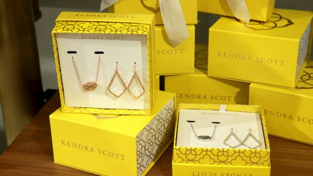 kendra-scott-jewelry-alabama-rush-sorority-tiktok